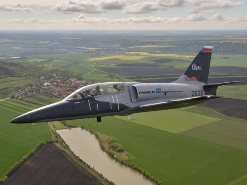 Társkereső oldal légitársaságok pilótainak